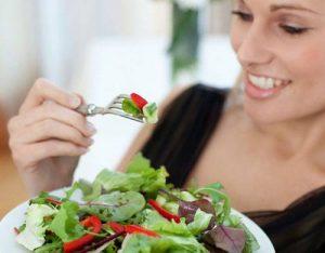 Một số cách chữa viêm đường tiết niệu tại nhà được áp dụng