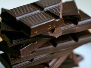 Tăng kích thước dương vật tự nhiên với chocolate
